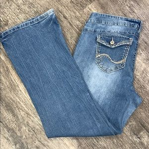 Light Wash Short and Sexy Jeans | 13